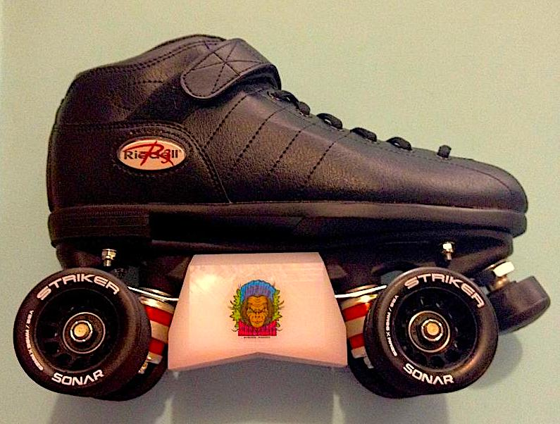 Riedell R3 aggressive roller skates with bigfoot sliders (v-blox).
